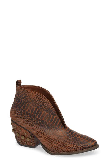 Coconuts By Matisse Roper Bootie, Brown
