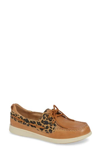 Oasis Boat Shoe, Tan Suede/ Leather