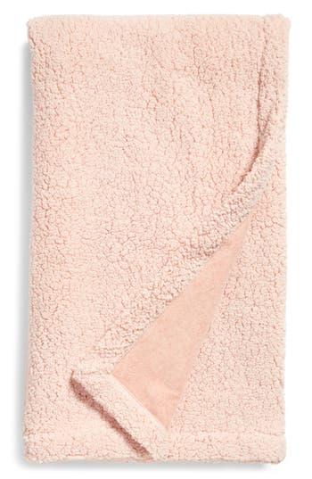 Nordstrom At Home Fleece Throw, Size One Size - Pink