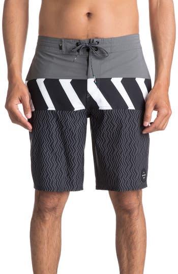 Quiksilver Zigzag Blocked Board Shorts, Grey