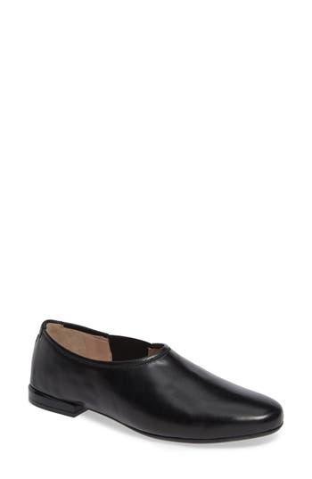 Taryn Rose Collection Elisabetta Slip-On Flat, Black