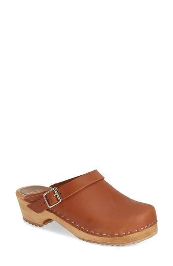Women's Mia 'Alma' Clog, Size 8 M - Brown