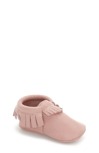 Infant Freshly Picked Classic Moccasin, Size 4 M - Pink