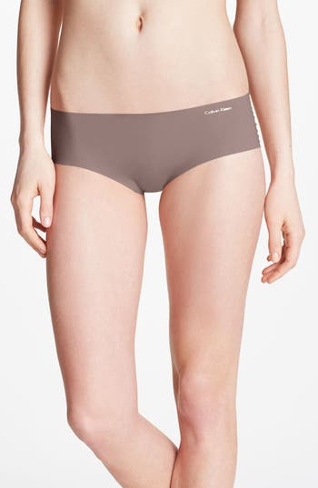 Women's Calvin Klein 'Invisibles' Hipster Briefs, Size Small - Brown