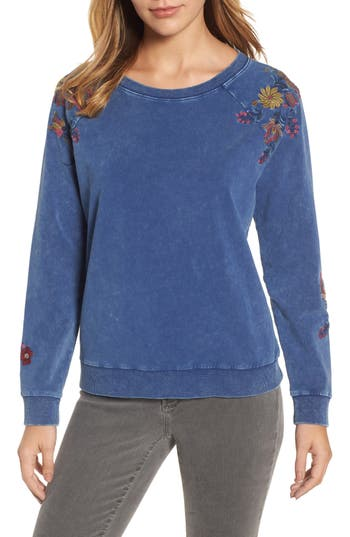 Billy T EMBROIDERED LACE-UP BACK SWEATSHIRT