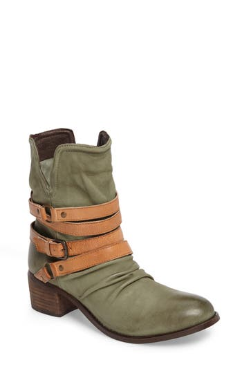 Sbicca Endora Slouchy Bootie, Green