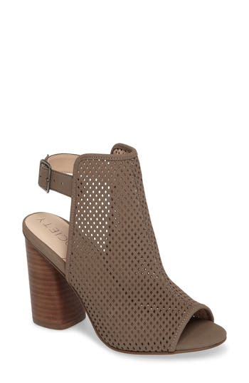 Women's Sole Society Bombay Perforated Sandal