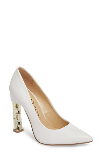 Katy Perry THE SUZANNE PUMP