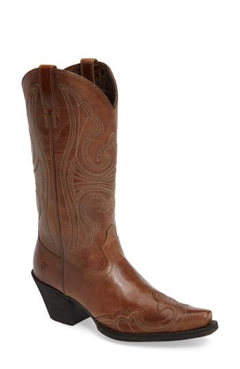 Ariat Round Up D-Toe Wingtip Western Boot- Brown