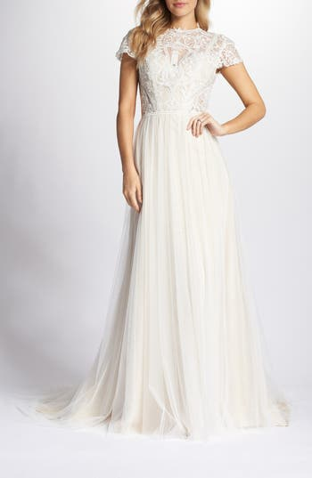 Vintage Inspired Wedding Dress | Vintage Style Wedding Dresses Womens Ti Adora By Allison Webb Lace  Tulle A-Line Gown $995.00 AT vintagedancer.com