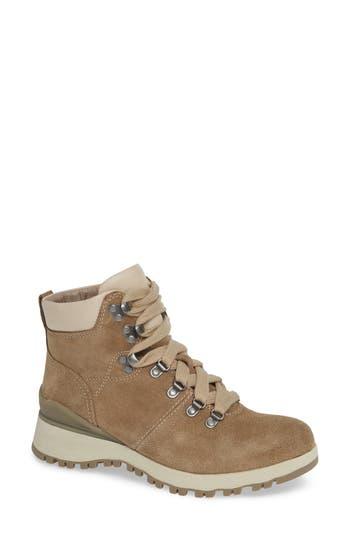 Bionica Dalton Lace-Up Boot, Beige