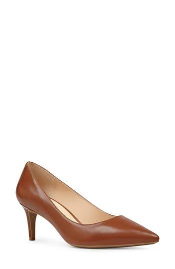 Women's Nine West Soho Pointy Toe Pump, Size 8 M - Beige -  029014480813
