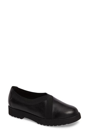 Clarks Bellevue Cedar Loafer, Black