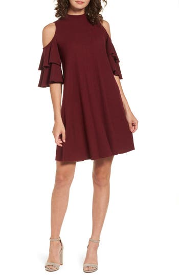 Women's Soprano Ruffle Cold Shoulder Shift Dress, Size Medium - Burgundy