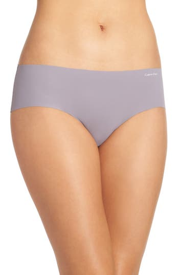 Women's Calvin Klein 'Invisibles' Hipster Briefs, Size Small - Purple