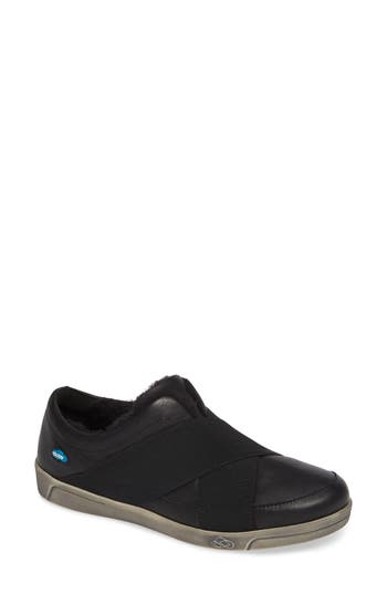 Cloud April Wool Lined Sneaker, Black