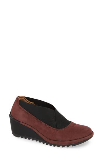 Comfortiva Ashford Ankle Bootie, Brown