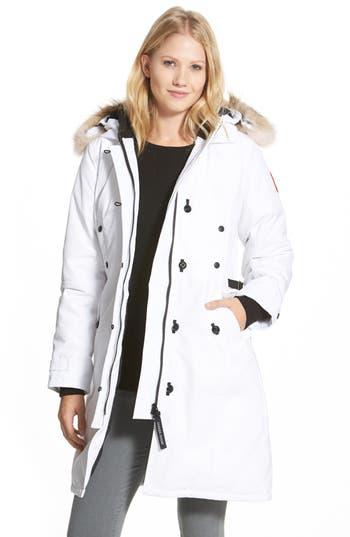 Canada Goose Kensington Slim Fit Down Parka With Genuine Coyote Fur Trim, (0) - White