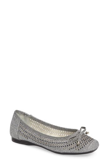 Women's J. Renee Valeria Bow Flat, Size 9.5 B - Metallic