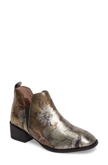 Seychelles Offstage Boot- Metallic