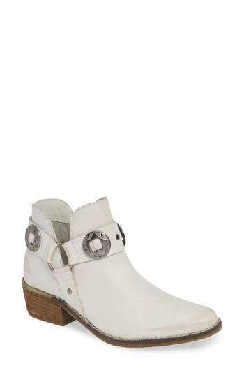 Chinese Laundry Austin Bootie, White