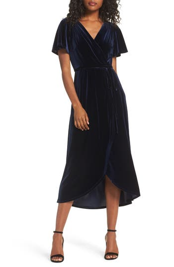 1920s Evening Dresses & Formal Gowns Womens Chelsea28 Velvet Midi Dress Size XX-Large - Blue $129.00 AT vintagedancer.com