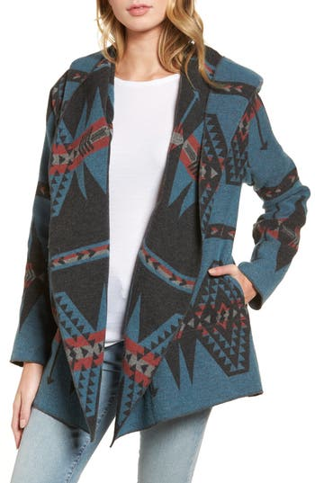 Women's Dylan Lodge Geo Print Hooded Blanket Jacket
