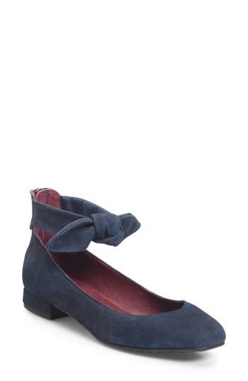 Women's Ono Hosta Ankle Bow Flat, Size 6 M - Blue
