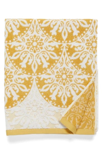Nordstrom At Home Fan Ombre Jacquard Bath Towel, Size One Size - Yellow