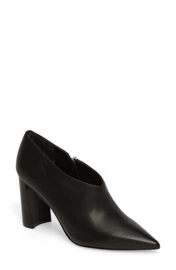 Marc Fisher Ltd Hoda Pointy Toe Bootie, Black