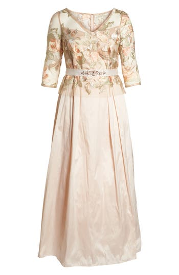 Plus Size Adrianna Papell Floral Embroidered Gown, Pink