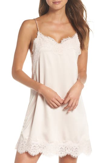 HOMEBODII Juliette Chemise in Pink