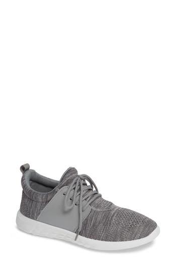 Mia Christan Sneaker, Grey