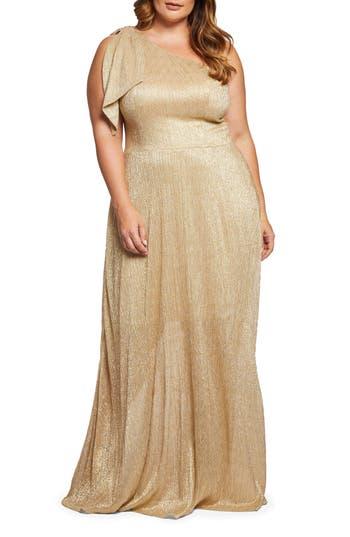 1950s Plus Size Dresses, Clothing and Costumes Plus Size Womens Dress The Population Savannah One-Shoulder Gown $298.00 AT vintagedancer.com