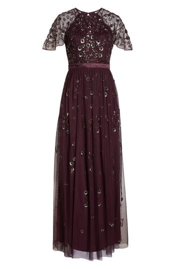 1930s Evening Dresses | Old Hollywood Dress Womens Adrianna Papell Beaded Gown $369.00 AT vintagedancer.com