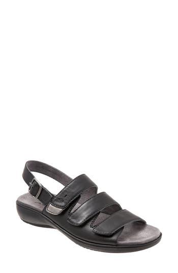 Women's Trotters Kendra Strappy Slingback Sandal