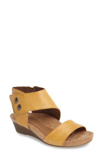 Women's Rockport Cobb Hill Hollywood Sandal, Size 9.5 M - Yellow