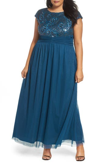 Plus Size Women's Brianna Embellished Cap Sleeve Gown