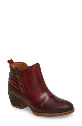 Pikolinos Baqueira Water Resistant Bootie Red