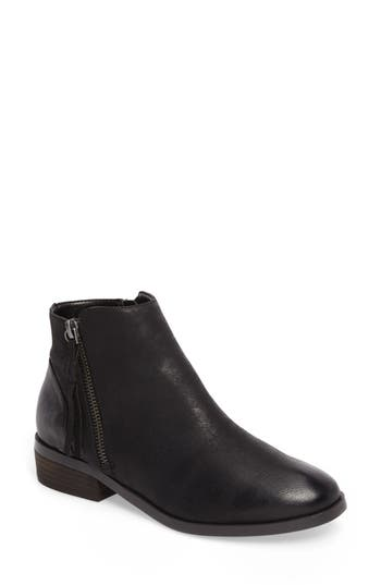 Sole Society Abbott Bootie, Black