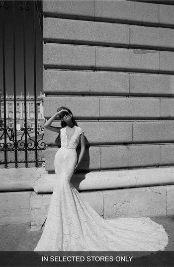 Women's Berta Plunging V-Neck Cap Sleeve Lace Dress