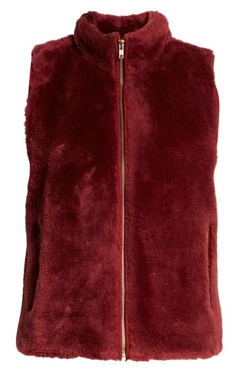 Factory Plush Fleece Excursion Vest, Crimson Maple