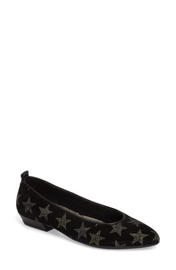 The Flexx Musee Flat, Black