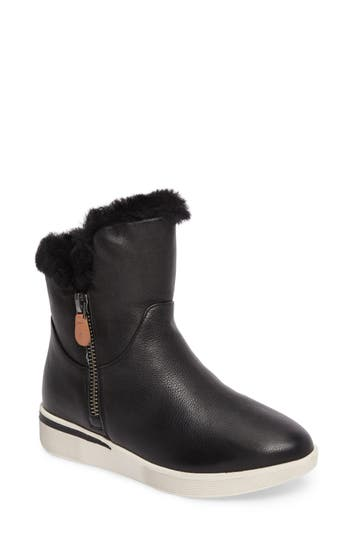 Gentle Souls Hazel Levitt Genuine Shearling Lined Boot- Black