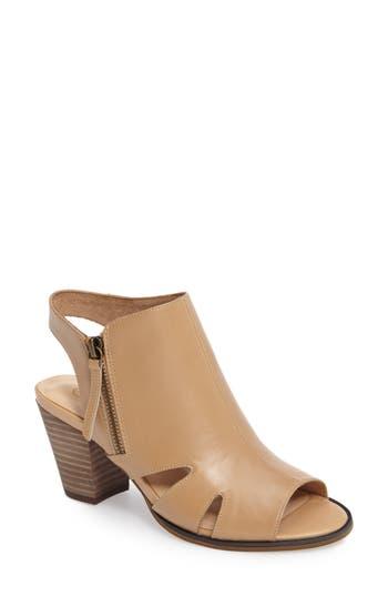 Women's Bella Vita Kimmy Cutout Sandal