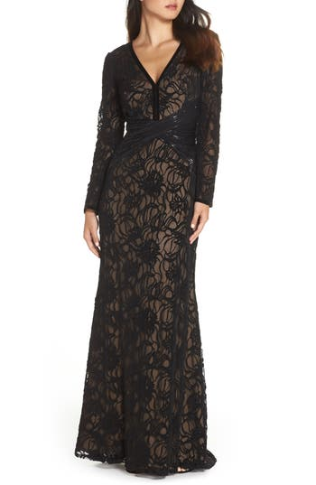 Edwardian Evening Gowns | Victorian Evening Dresses Womens Tadashi Shoji Burnout Lace Gown Size 14 - Black $468.00 AT vintagedancer.com